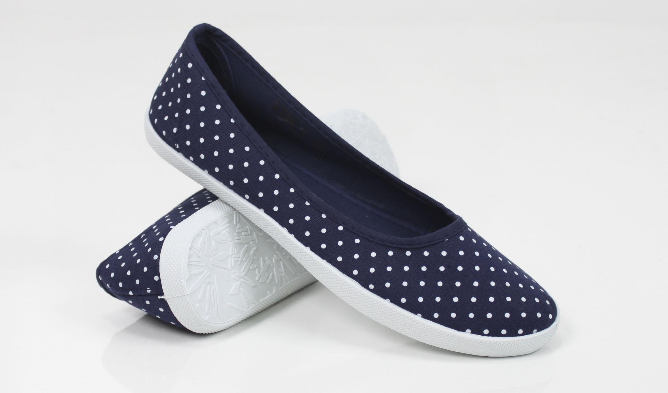 Wygodne obuwie damskie z najnowszej kolekcji. Buty damskie Venezia to gwarancja najwyższej jakości. Zapraszamy – atrociouslf.gq